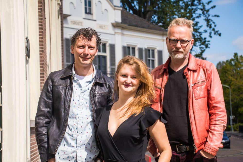 WAT WEST HEF - JOLIEN DIJKSTRA (tekst Jolien Dijkstra en Hilko Stoffers, meziek Erik Koerts en Hilko Stoffers).jpg